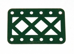 97aDC Double Braced Girder 6 Hole Dark Green Original