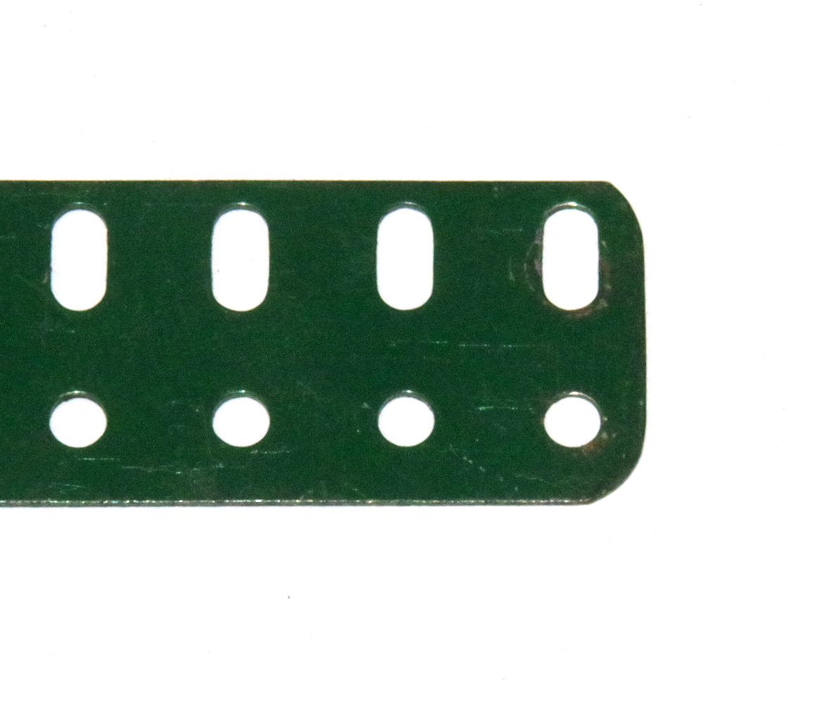 103a Flat Girder 19 Hole Dark Green Original