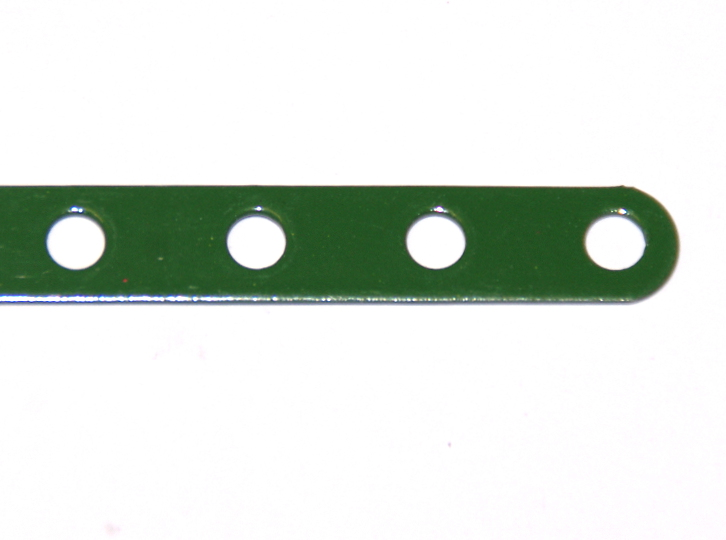 235d Narrow Strip 9 Hole Green
