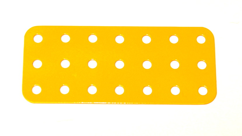 74c Flat Plate 3x7 Hole UK Yellow