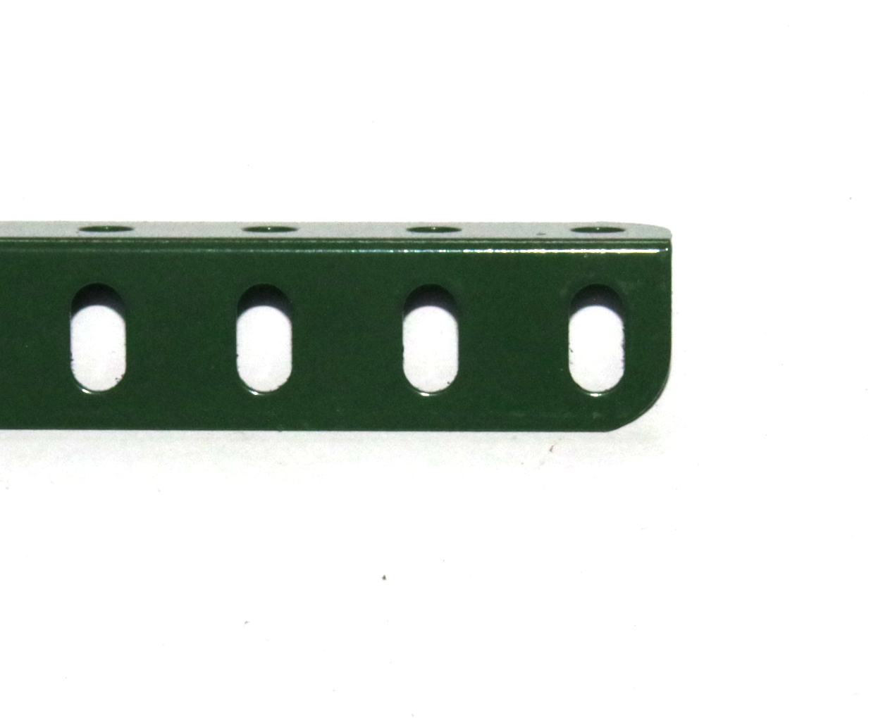 8c Angle Girder 13 Hole Metallus Green