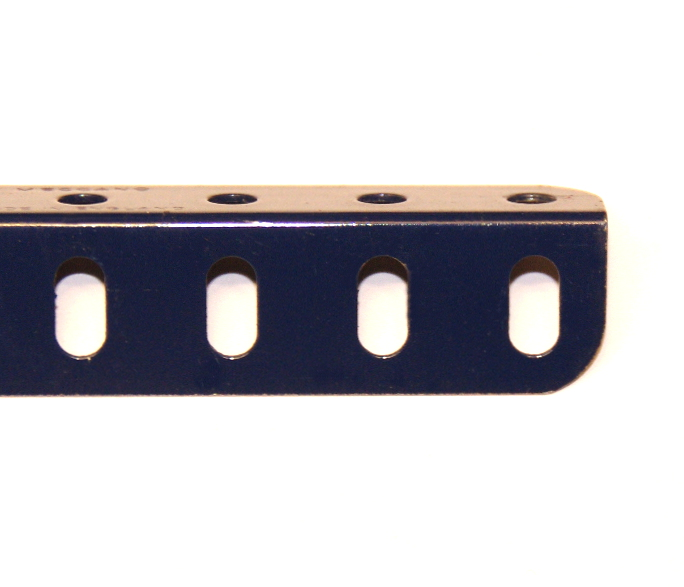 8c Angle Girder 13 Hole Dark Blue
