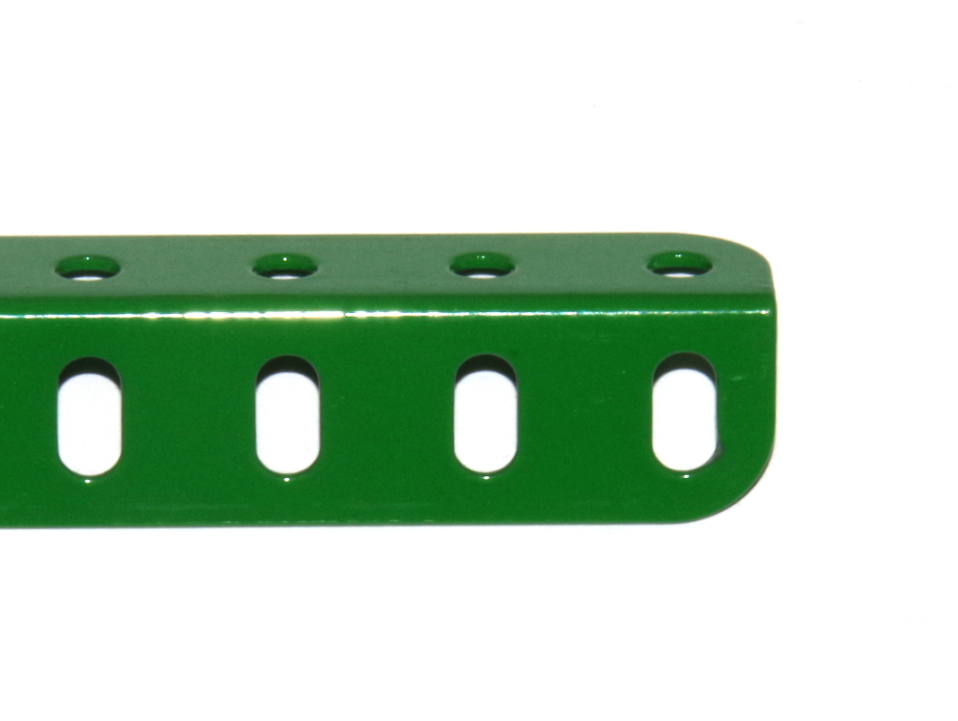 8 Angle Girder 25 Hole Light Green